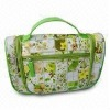 toiletry bag with one top handle